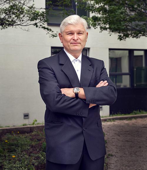 Ing. arch. Peter Mizia